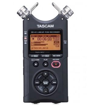 Портативный PCM/MP3 рекордер Tascam DR-40